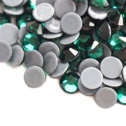 Cyrkonie do paznokci Emerald SS 6 (zielone) 1440szt
