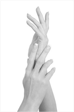 pielęgnacja dłoni i paznokci zimą